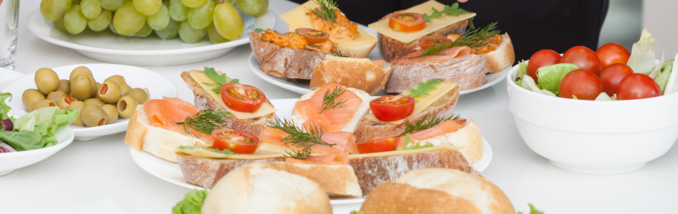 Sandwiches, sliced baguettes and bruschetta